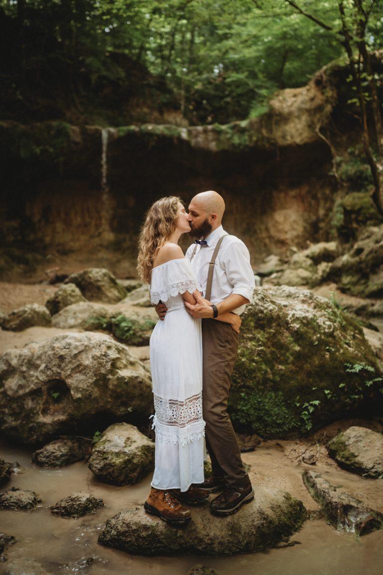 clark creek hiking elopement by New Orleans Elopement Photographer